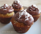 041612 coconut almond cupcakes 1